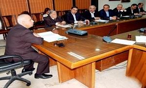 وزير التجارة الخارجية يشدد على تفعيل نشاط مجالس الأعمال