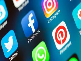فيسبوك و تويتر تحذران من سرقة البيانات