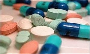 الحلقي يشدد على الصيادلة: منع الفساد والأدوية المهربة في الصيدليات والمشافي