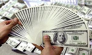 مؤسسات الصرافة تبدي استعدادها لبيع مليون دولار بسعر 159 ليرة