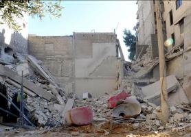 برسم محافظة دمشق: بناء مهدد بالسقوط بسبب المخالفات في حي باب شرقي!