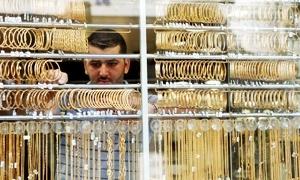 جمعية الصاغة: انخفاض مبيعات الذهب اليومية إلى 11 كغ