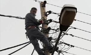بدء إصلاح الأعطال بعد استهداف محطتي كهرباء الزارة وبرزة