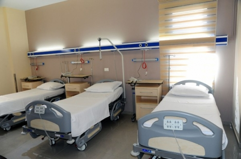 افتتاح مشفى المدينة والنادي السياحي للعاملين في الكهرباء
