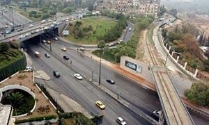 خبير: إعادة بناء الشبكة الطرقية مكلف جداً لكن الاسفلت يغطي حاجة سوريا لقرن