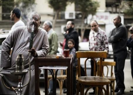 المصريون استهلكوا 82 مليار سيجارة.. و17 ألف طن معسل العام الماضى