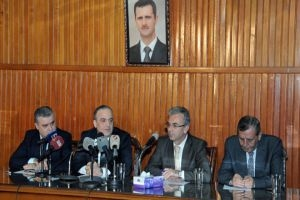عماد خميس: ماضون بمكافحة الفساد..ولا نريد من الإعلاميين الدفاع عن الحكومة