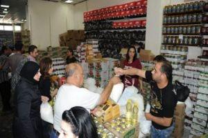 طرح غذائيات بسعر التكلفة..انطلاق شهر التسوق في مجمع الأمويين بدمشق