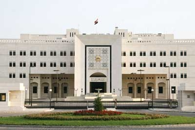 الحكومة تناقش مع باكستان مجلس أعمال مشتركاً ومع الهند التنقيب عن النفط