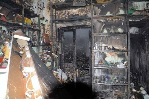 إخماد حريق في محل للدهانات بشارع العابد