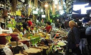 مسؤول: انخفاض القدرة الشرائية للمواطن السوري 80 بالمئة