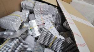 مصادرة 500 طن أدوية مغشوشة وغير قانونية في العالم