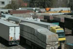رجل أعمال: قرار وزارة التجارة بخصوص بيان تكلفة المستوردات يحض على التزوير