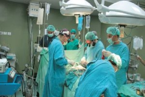 استغلال أم تجارة؟..تحويل المرضى إلى المشافي الخاصة...وفتح الشرايين يكلف 190 ألف ليرة