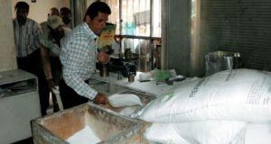 قريباً..المؤسسة الاستهلاكية ستطرح 25 ألف طن من السكر بسعر يقل عن 200 ليرة للكيلو