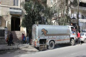 مواطنو ريف دمشق يستهجنون تخفيض مخصصاتهم من مازوت التدفئة.. ومحروقات تبرر