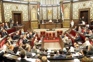 برلماني يسأل وزير الاتصالات: ما تأثير الأبراج الخلوية على صحة المواطنين؟