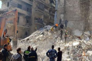 وفاة 11 شخصاً بانهيار مبنى مخالف