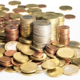 «Economist» تخفض تصنيفها لليرة السورية وتتوقع استقرار سعر الصرف أمام الدولار عند مؤشر 67.5 ليرة لعامين