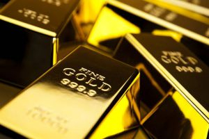 الذهب يرتفع لكنه يسجل رابع خسائره الأسبوعية