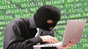 بنوك إماراتية تحذّر عملاءها من الاحتيال الإلكتروني