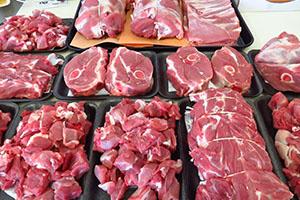 أسعار اللحوم في سورية تهبط 28% لأول مرة منذ عامين..كيلو هبرة الغنم يتراجع 3500 ليرة