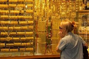 غرام الذهب  اليوم يتراجع 2000 ليرة سورية