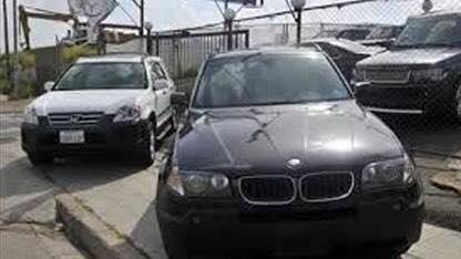 التجارة الخارجية تعلن عن مزاد علني لبيع 724 سيارة في 4 محافظات..تعرفوا على التفاصيل؟