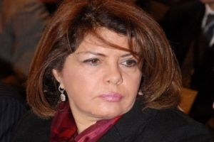 وزيرة سابقة: رفع الدعم عن الخبز سيكون خطأ قاتل ترتكبه حكومة الفقراء