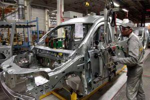 في حسياء الصناعية... ثلاثة معامل لتجميع السيارات..ومنتجاتها سترفد السوق قريباً