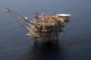 مصادر من وزارة النفط: بدء استثمار غاز المتوسط وتخفيض أسعار المازوت والبنزين والغاز خلال 2018