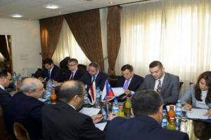 سورية وروسيا يسعيان لإيجاد طريقة للتبادل التجاري بالعملات المحلية