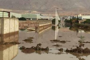 لجنة أضرار عدرا الصناعية تقيّم الخسائر الناتجة عن السيول بربع تقديرات أصحاب المنشآت!