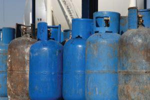 دراسة تخفيض مدة توزيع اسطوانات الغاز إلى 18 يوماً