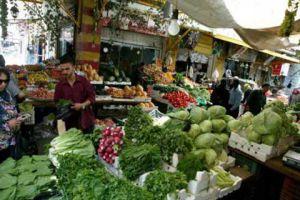 التجارة الداخلية: نسعر  الخضار والفواكه والفروج وفق العرض والطلب
