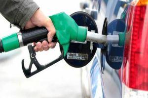 سيارات متوقفة تبيع مخصصاتها من البنزين المدعوم