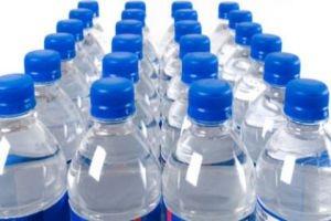 تلاعب واضح بأسعار عبوات المياه المعدنية...تسعيرتها 700 ليرة وتباع بـ1200 ليرة!!