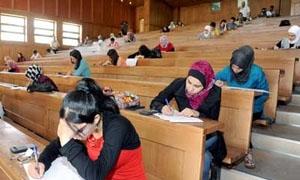 مرسوم رئاسي  يقضي بنقل الطالب من سنة إلى أخرى إذا كان يحمل 8 مقررات