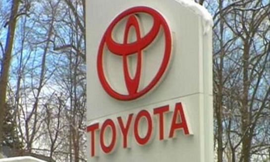 تويوتا تسحب أكثر من مليوني سيارة لمشكلات بنظام التوجيه