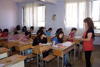 وزارة التربية تصدر شروط ومواعيد نقل العاملين بين المحافظات للعام الدراسي 2014- 2015