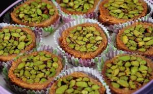 اسعار الحلويات في دمشق تضاهي الذهب...وكيلو المبرومة بـ10 آلاف ليرة