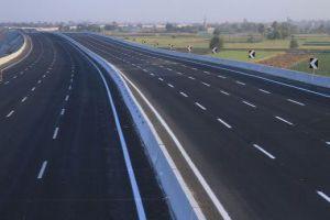 المواصلات الطرقية تخطط لتنفيذ 90 مشروعاً بتكلفة 16 مليار ليرة