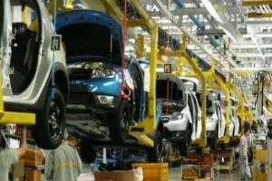 الحكومة تطلب من الصناعة اعتماد رؤية لتصويب عمل شركات صناعة تجميع السيارات