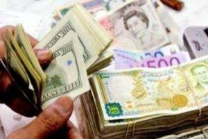 مصادر رسمية تؤكد استمرار انخفاض الدولار.. ووزير المالية يدعو للضرب بيد من حديد كل من يضارب