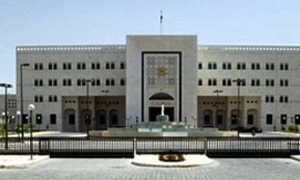 رئيس الحكومة يقرر تخفيض قيمة المشاريع الانشائية الى 100 مليون ليرة و تشكيل لجنة لتقييم المشاريع