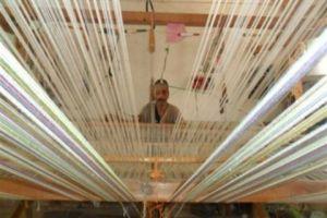 وزير الاقتصاد يطلب من وزارتي الصناعة والزراعة إيلاء صناعة الحرير اهتماماً خاصاً