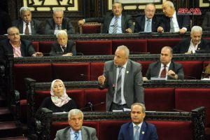 نواب بالبرلمان يطالبون بزيادة رواتب العاملين بالدولة وتخفيض الأسعار