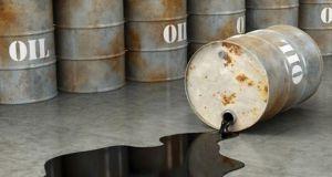 سعر النفط ينخفض دون 35 دولاراً للبرميل لأول مرة منذ 2004