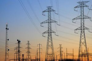 خربوطلي: الكهرباء ستعود إلى ما كانت عليه قبل الحرب