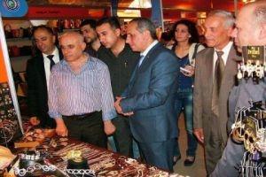 قلعجي: تخفيضات مهرجان صنع في سورية تصل إلى 50% للألبسة و25% للمواد الغذائية